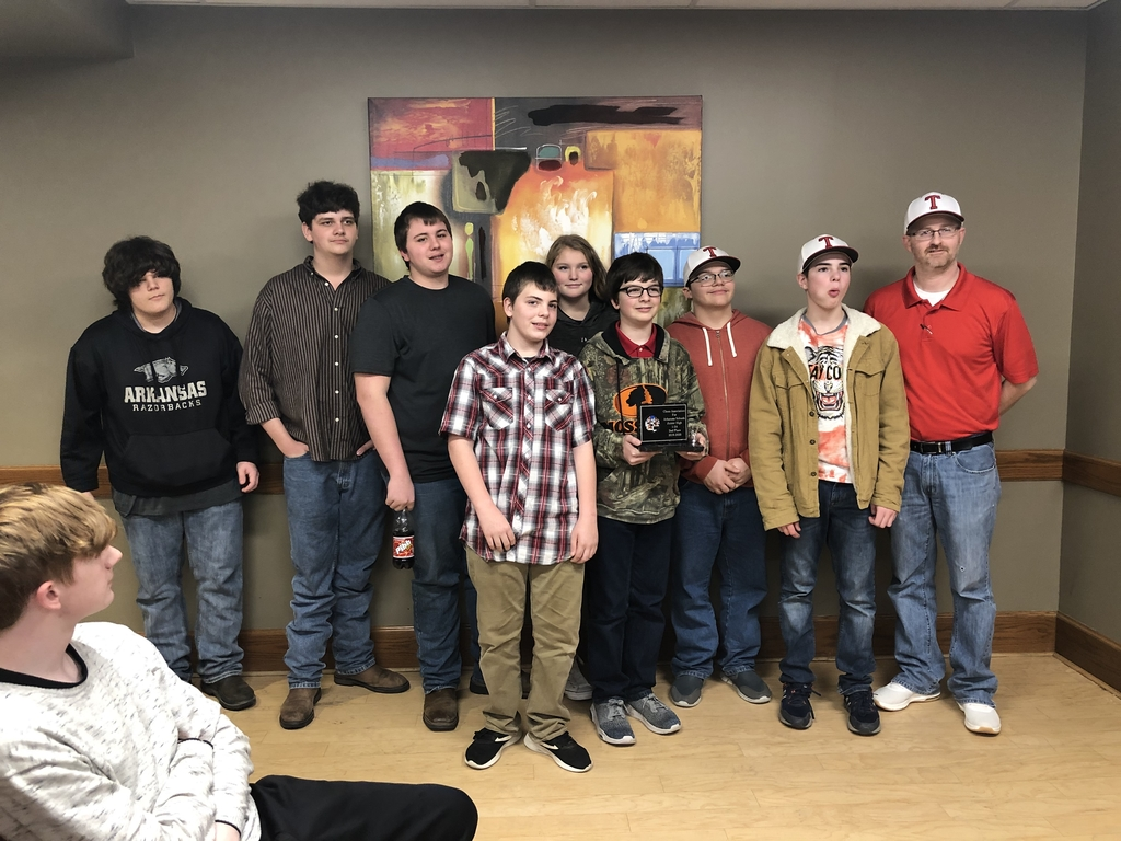 Jr. High Chess team finishes 2nd in Regionals!
