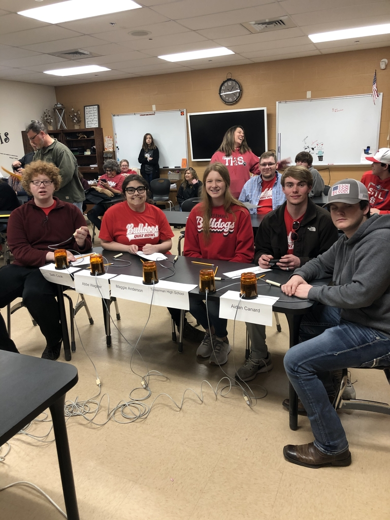Sr. High quiz bowl 2-2 after 4 one round to go!